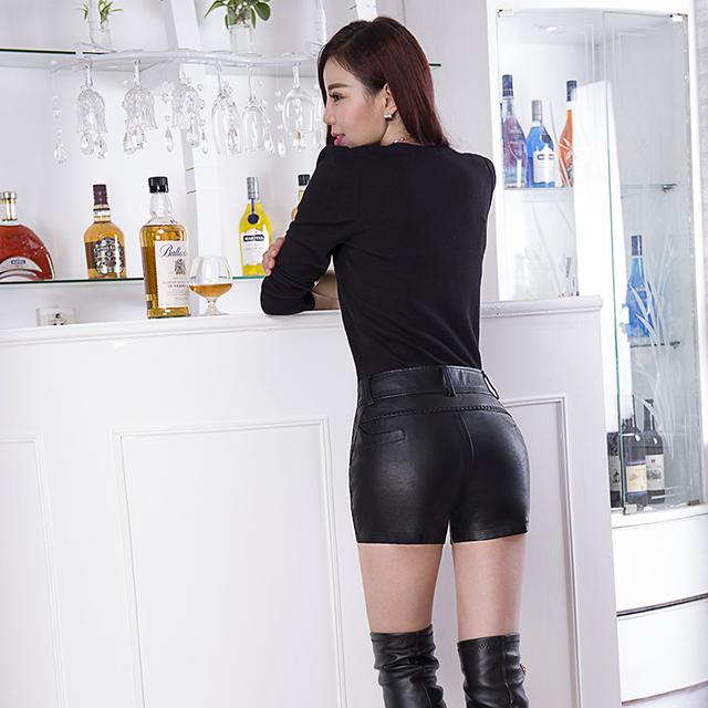 2016 New Autumn And Winter In Europe PU Leather Shorts Female High Waist Slim Plus Size Washing Lederhosen Boots Shorts