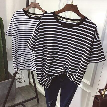 YouGeMan T-shirt Das Mulheres Roupas de Verão Estilo Coreano Ulzzang Harajuku T-shirt de Manga Curta Listrada Mulher Ocasional Top Básico Camisa