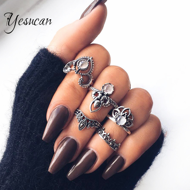 Yesucan Punk Style White Crystal Vintage Antique Silver Color Crown Knuckle Rings for Women Anillos Mujer Jewellery 5PCS