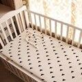 (Bebé cama sábana ajustable 1 unids) estilo negro blanco tejido de punto 100% algodón cuna sábana Tienda Panda Triángulo para niños niñas