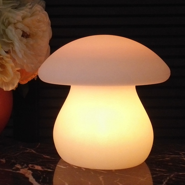 Big Mushroom LED Table Lamp USB Rechargeable Remote Control RGB Colorful Changeable LED Indoor Light or Outdoor Garden Light