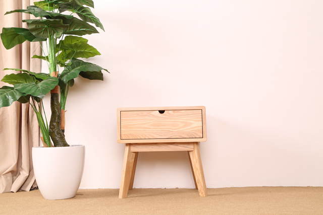 Creative Home New Scandinavian Minimalist Modern Garden Style Small Apartment Old Pine Wood Drawer Bedside Cabinet