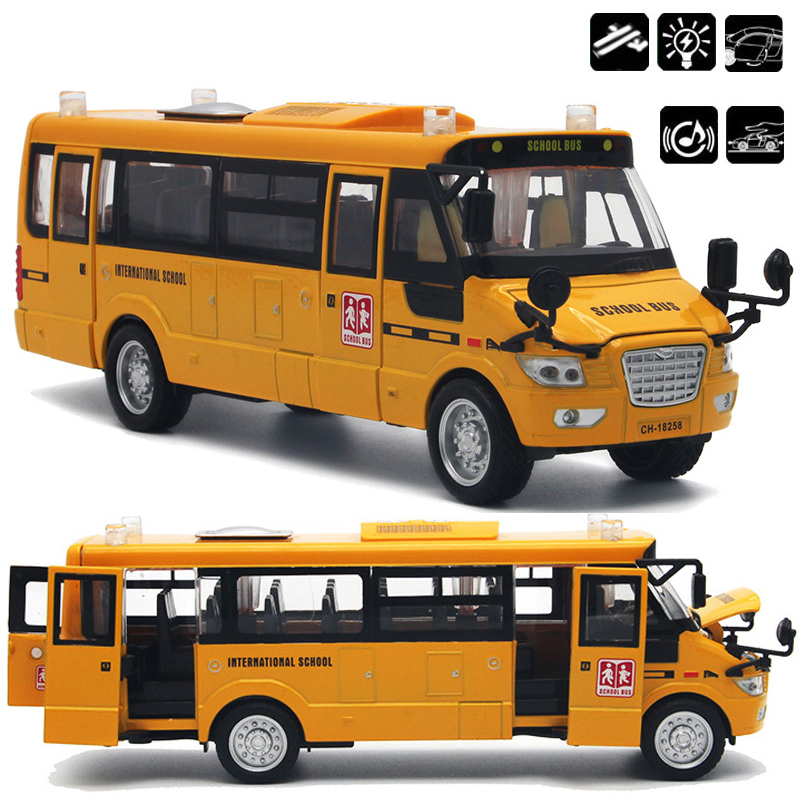 Alloy Pull Back America School Bus With Light Music Car Model Open Door Design Metal American School Bus Toys For Children Gifts