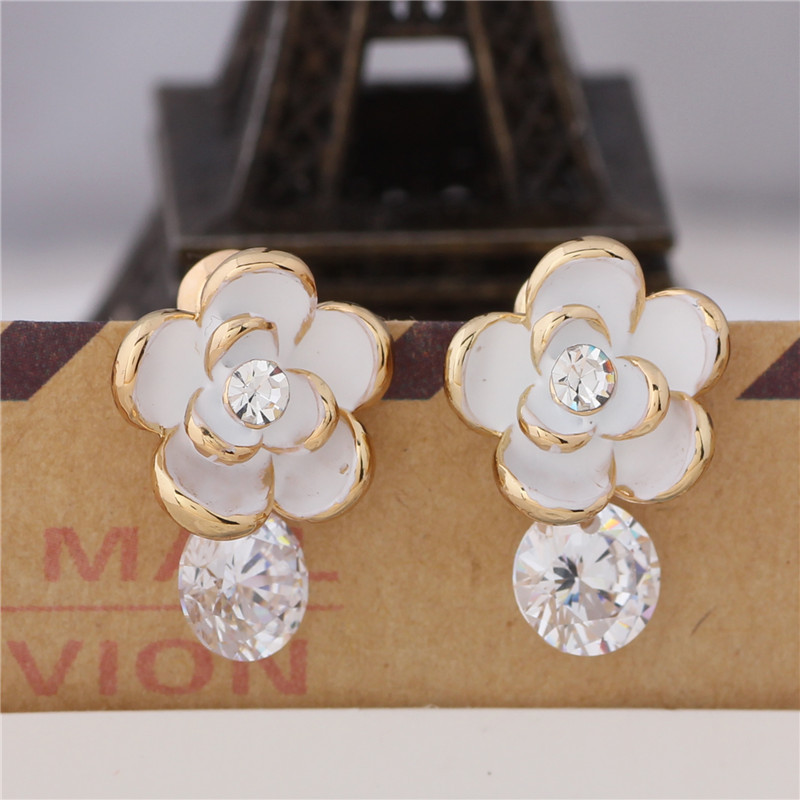 women for clover center pistil pink jewelry earrings qcooljly diameter leaves in flower girls crystal stud white from beautiful fashion black item colors