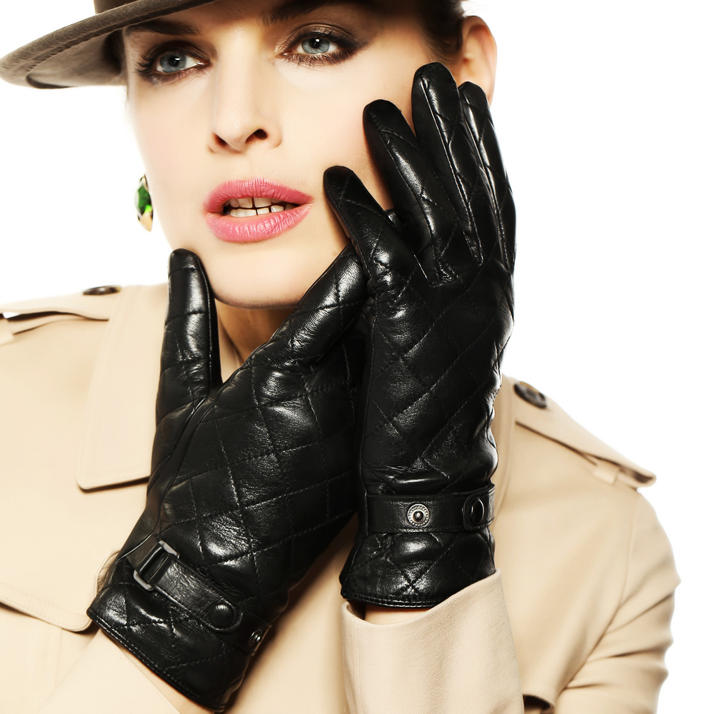 Driving gloves girl - Women Touchscreen Leather Gloves Diamond Winter Fashion Black Genuine Goatskin Driving Glove Plus Warm Velvet L121nc2