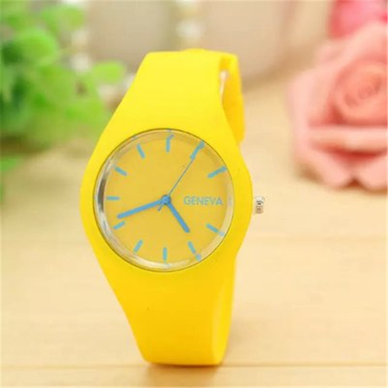 Brand Soft Silicone Sports Fashion Watch Luxury Women Quartz Watch Leisure Watch Clock