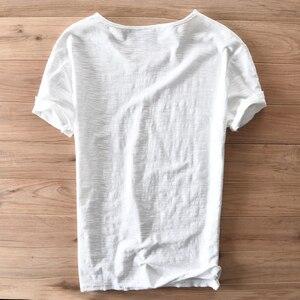 Image 2 - איטליה סגנון אופנה קצר שרוול כותנה גברים חולצה מקרית V צוואר לבן קיץ חולצה גברים מותג בגדי Mens Tshirts Camiseta