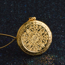 JEXXI Luxury Gold Jewelry Cute Round Memory Photo Frame Case Pendant Elegant Hollow Flower Design Long Chain Necklace For Women