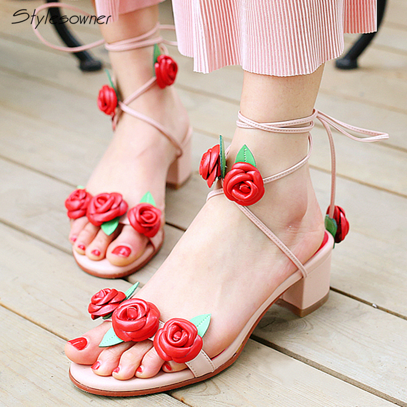 Stylesowner Red Rose Laces Women Heels Sandals Cross Tied Chunky Heels Shoes Sexy Women Summer Sandals New Arrival Flowers Shoes купить