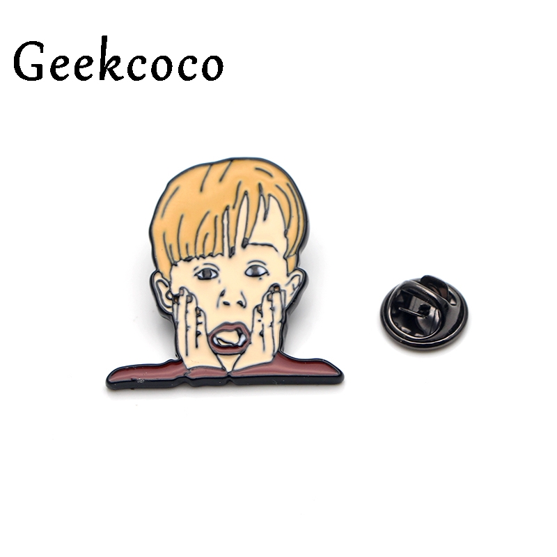 Home Alone Macaulay Culkin Zinc alloy pins badges para shirt bag clothes backpack shoes brooches badges medals decorations J0117 in Brooches from Jewelry Accessories