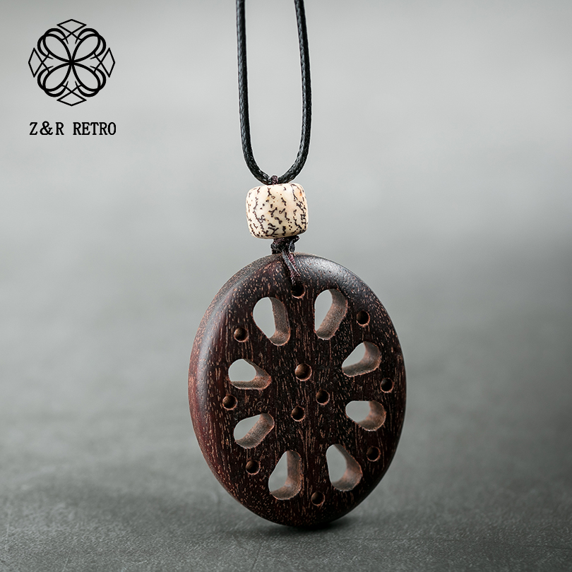 Hollow Vintage Pendant&Necklaces Handmade Rope Sweater Chain Wooden Necklace Sandalwood Women Fashion Jewelry Party Presents