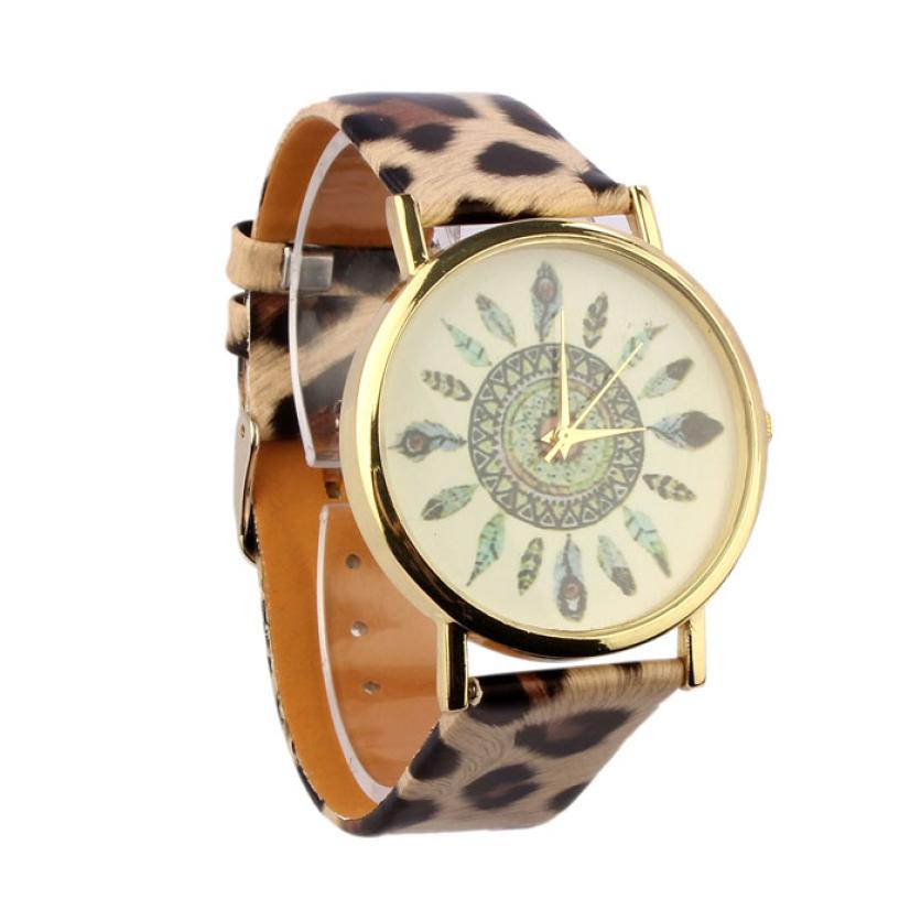 daf53530dc5 Essencial de Pena Do Vintage Leopard Dial Pulseira de Couro Quartz  Analógico Relógios De Pulso Único Bangle Pulseira Mulheres Homens Relojes  Relogio