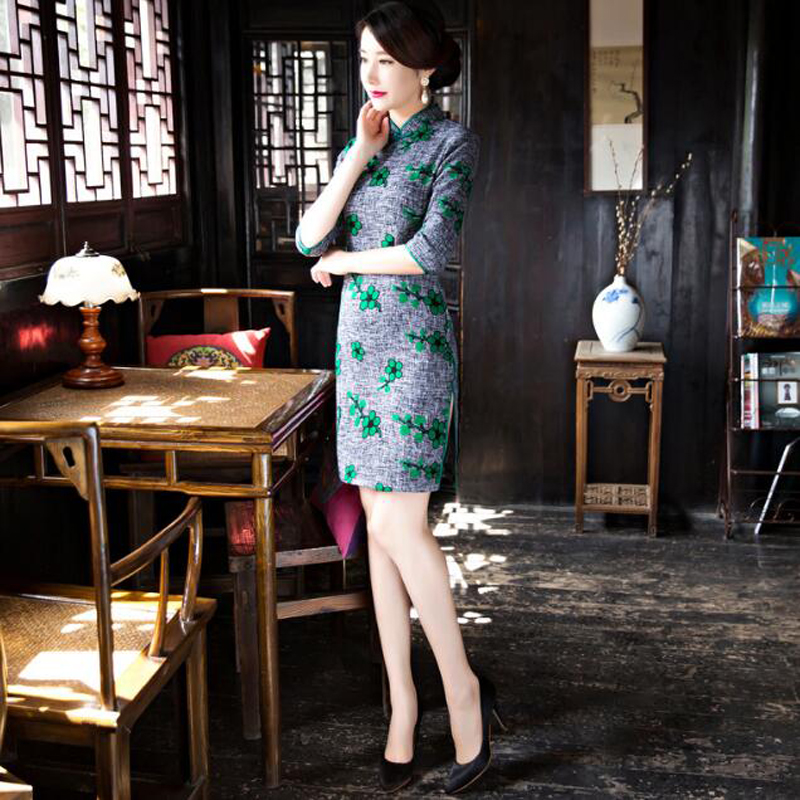 Winter & Autumn Wanita Satin Print Flower Cheongsam Embroidered Qipao - Pakaian kebangsaan - Foto 3