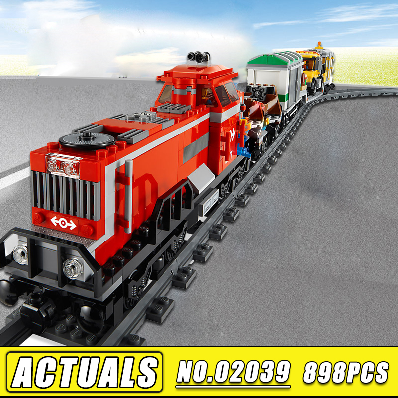 Bei Fen 898Pcs Lepin 02039 Red Cargo Train Set New City Series Children Building Blocks Brick Educational Toys Model Gifts 3677 a toy a dream lepin 24027 city series 3 in 1 building series american style house villa building blocks 4956 brick toys
