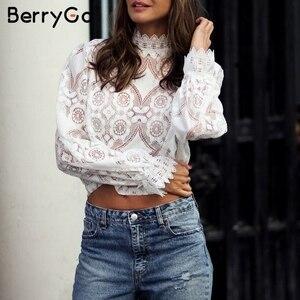 Image 4 - BerryGo เสื้อลูกไม้ Hollow OUT ผู้หญิงเสื้อเซ็กซี่เย็บปักถักร้อยแขนสั้นสีขาวเสื้อฤดูร้อน Retro