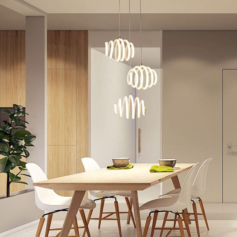 Işıklar ve Aydınlatma'ten Kolye ışıkları'de Modern Led kolye Işık Mutfak Yemek Odası Beyaz Kolye Lamba Yatak Odası yuvarlak rulo asılı lamba Led mutfak ışığı title=