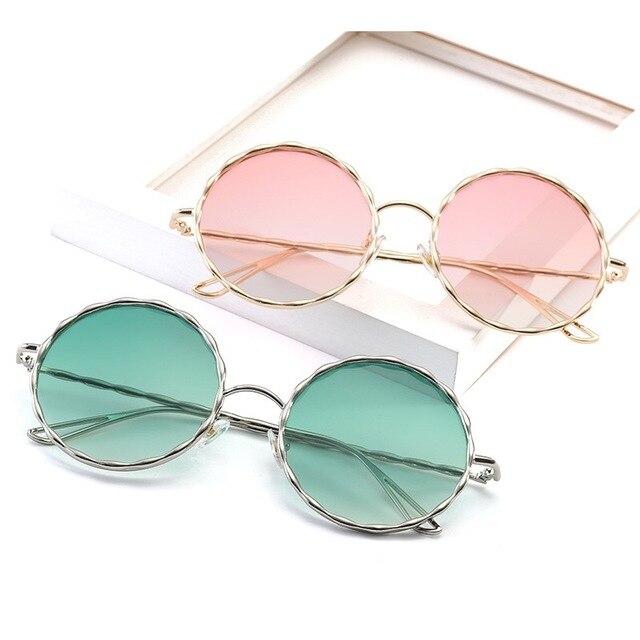 IMAKEFASHION Moda Moldura Redonda óculos de Homens e Mulheres Óculos de Sol  Coloridos da Lente Gradiente 7035ff508d