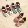 2016 niños del verano muchachas sandalias zapatos de la princesa de los cabritos del bebé de punto del niño sandalias del bebé zapatos planos del recorte de cuero