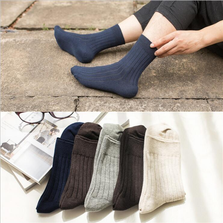 Free Shipping Cotton Brand Men Socks High Quality Solid color Dress Socks 5 Pairs / lot Seamless Male Business Sock Good Gift