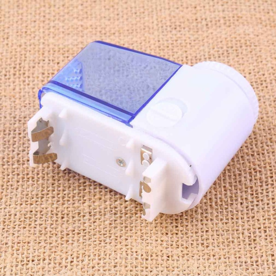 1Pc Mini Electric Fuzz Cloth Pill Lint Remover Pellets Sweater Clothes Shaver Machine Wool Sweater Fabric Shaver Trimmer