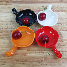 цена на Free shipping. A5 Melamine tableware. Melamine dish. This paragraph is round soy sauce dish chopsticks rest .