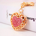 Hollow Out Love Heart Key Chains Rings Holder For Lovers Sweetheart Bag Pendant For Car Rhinestone Keyrings KeyChains K290