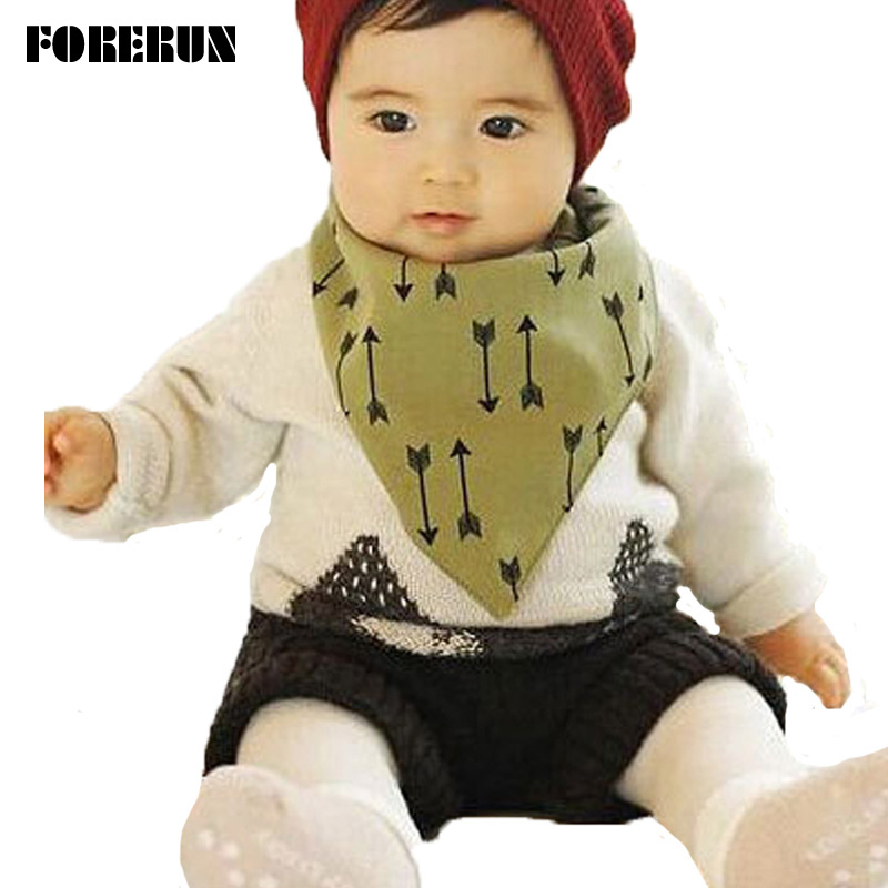 2016 New Button Style Baby Boy Bibs Arrow Infant Bibs Both Sides 100% Cotton Scarf Bibs Bandana Burp Cloths Moms Care Slabbers