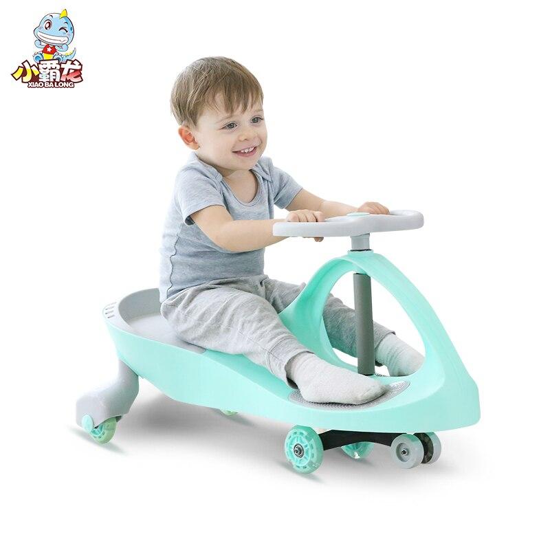 Nouveaux enfants Twist voiture 1-3 ans bébé voiture Yo voiture muet rond universel roue balançoire bébé fille garçon jouet débarrasser sur les voitures enfants