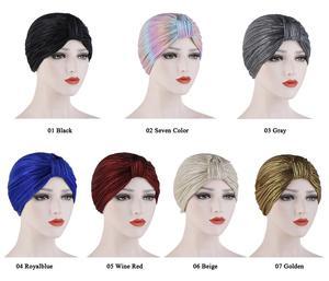 Image 2 - Kadınlar kemo kap şapka pilili islami türban düz renk kasketleri Skullies başörtüsü Wrap hindistan şapka kaput şapkalar İslam arap kap