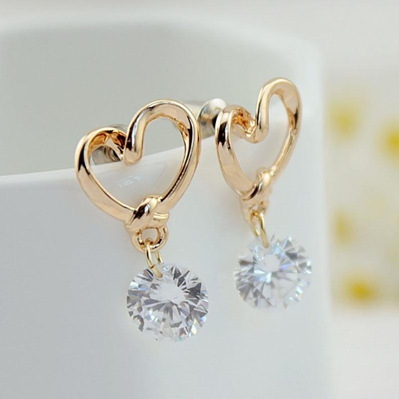 2019 nuevo estilo coreano moda lujo encanto gota aretes de tuerca con perforaciones Zircon mujeres amor bisutería con forma de corazón cristal damas regalo