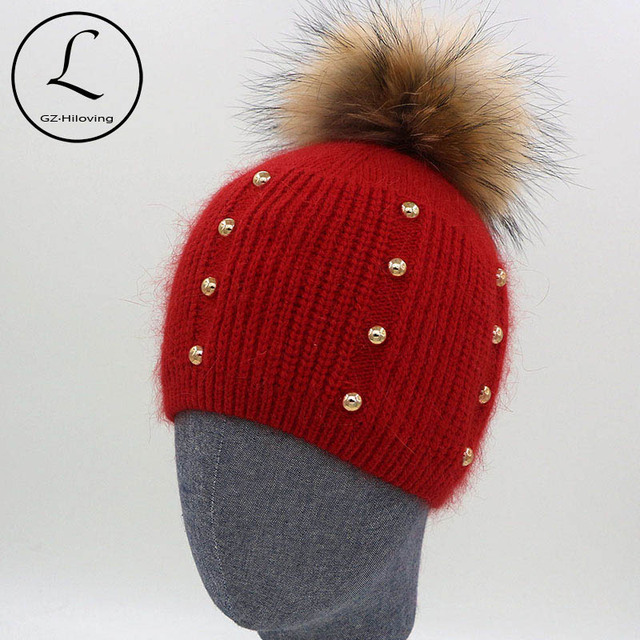 2016 New Hedging Cap Warm Knitted Hats Gold Color Beads Thicken Hat Fur Lady Caps With Big Real Raccoon Fur Ball Bonnet 6904