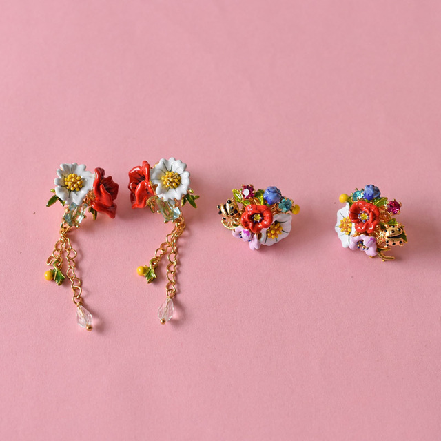 French Les Nereide Paris Red Rose White Daisy Tassel Earring For Girls Luxurious Party Accessories Gold Plated New Arrival