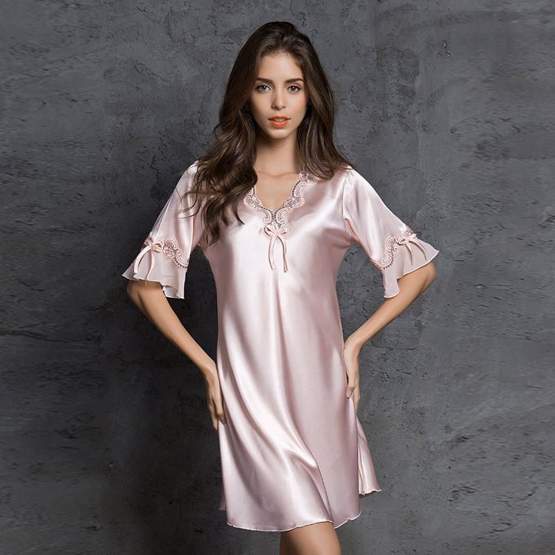 Sexi Women Night Dress pijama robe sexy lingerie kigurumi pyjamas bathrobe Stain sleepwear Autumn Silk nightgown Lace Nightie