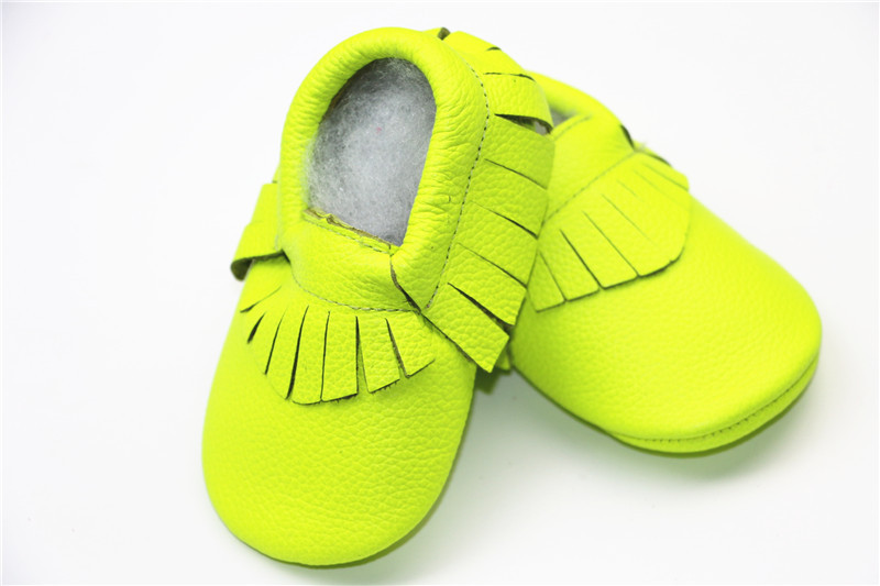 HONGTEYA New Toddler Genuine Leather Fringe Bow Baby Moccasins Soft Soled Baby Shoes First Walker Bebe Newborn Infant Shoes