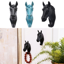 Brief Modern Resin Animal Head Crafts Horse Wall Hanging Door Robe Coat Hook Decoration