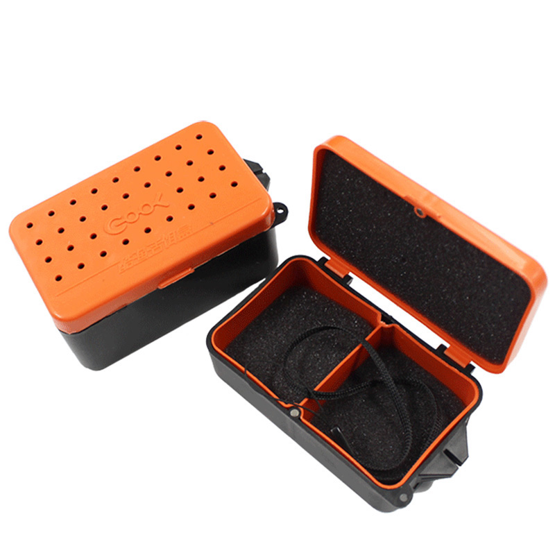 Wielofunkcyjny 2 Przedziały Fishing Box 10 * 6 * 3.2 cm Plastikowe Earthworm Worm Bait Lure Fly Carp Fishing Tackle Box Akcesoria