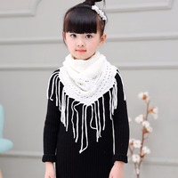 2017 New Winter Warm Shawl Scarf For Kid Children Girls Triangular Collar Crochet Knitted Tippet Tassels