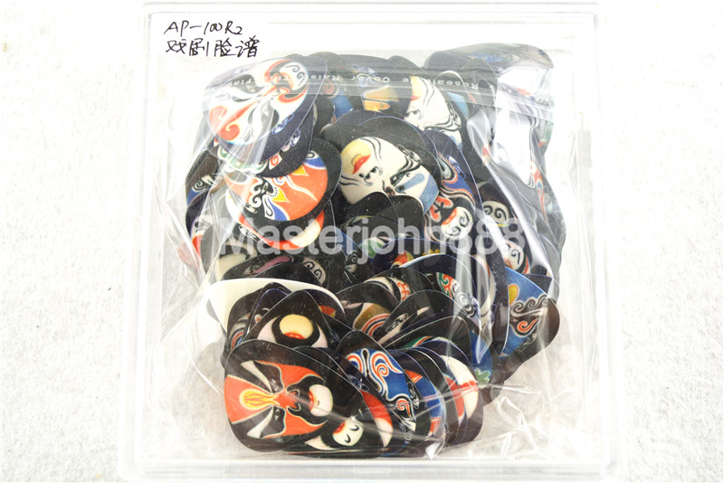 100pcs Alice Chinese Opera Mask Printed Both Sides Celluloid Electric/Acoustic Guitar Picks 0.46/0.71/0.81mm Plastic Box
