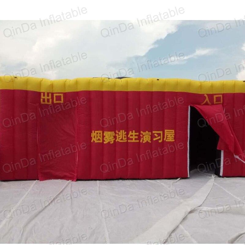 Tente gonflable de feu de pièce d'imitation de tunnel d'éducation de feu d'enfants, tente simulée d'évasion de pièce de fumée