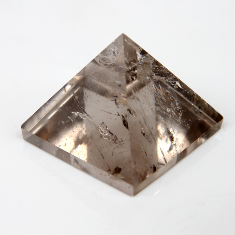 2015 Smoky Quartz Citrine crystal rock Gravírozott 30mm 1,2 hüvelykes piramis faragott kő chakra kövek gyógyító Reiki Ingyenes szállítás