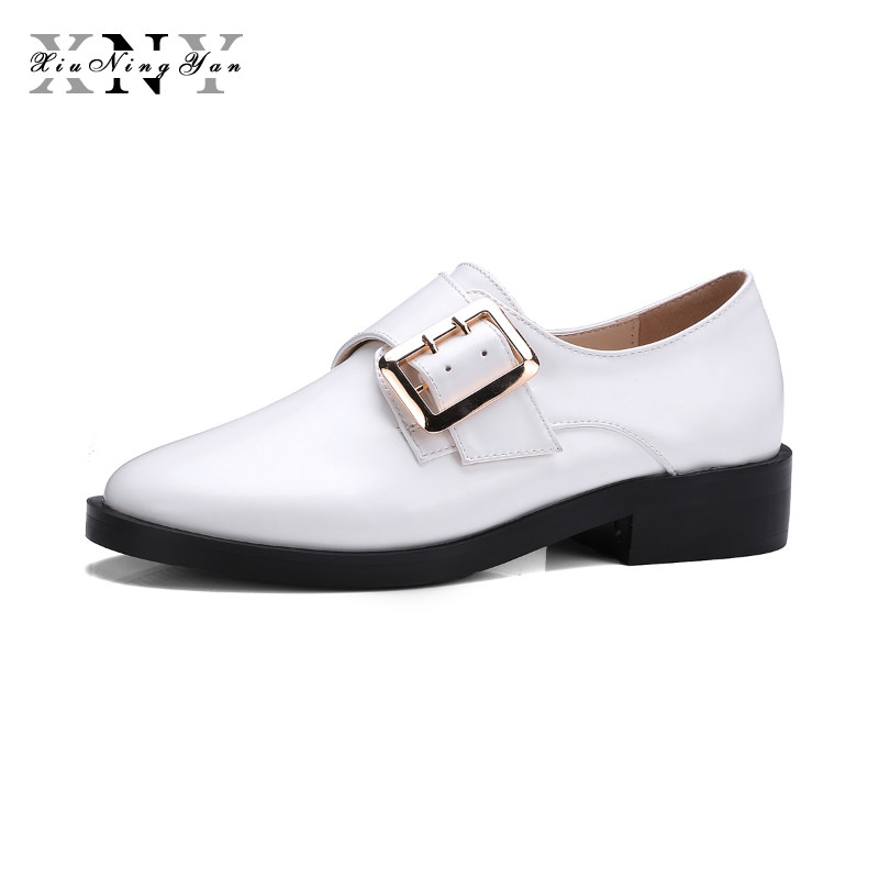 XIUNINGYAN Genuine Leather Women's Casual Flats Buckle Slip on Autumn Spring Black White  Brand Fashion Shoes Plus Size 34-43 new 2017 men s genuine leather casual shoes korean fashion style breathable male shoes men spring autumn slip on low top loafers