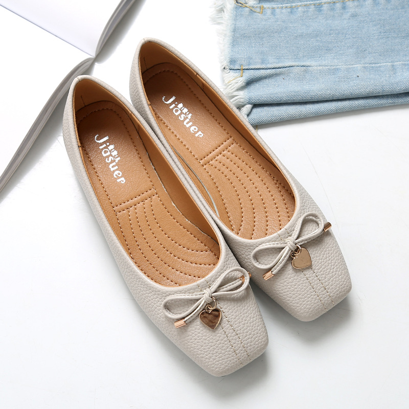 European style popular Single Shoe Woman 2018 Spring Shoes Korean Fashion Square Head Flat Shoes Metal Bow Big Code Lazy Shoes 2017 fashion european popular 100