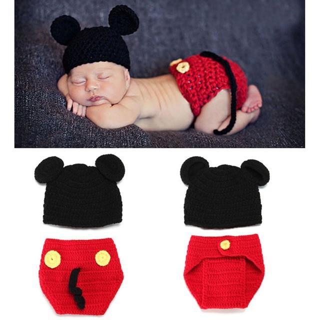 052727e757bd6 Mickey chapéu do bebê com fraldas Cover Set fotografia Props Handmade  Crochet gorro Animal recém-