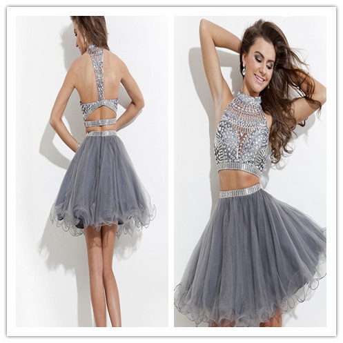 fc0c11fe01 Grises fiesta vestidos corto Mini Crystal vestidos del partido del Halter  pura cuello Backless 2 unidades vestidos cóctel 2016 en Vestidos de fiesta  de ...