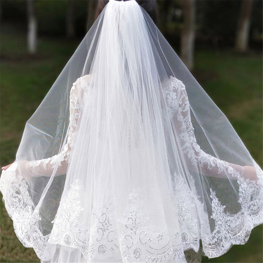 2019 New 1 Layer Bling Sequins Lace Edge Short Wedding Veil with Comb Elegant Tulle Bridal Veil Velos De Novia
