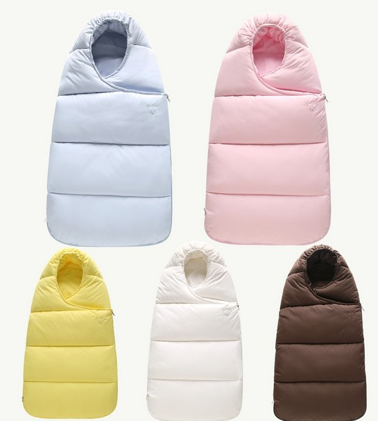 Baby autumn and winter hold baby sleeping bag to prevent neonatal cotton bag was out of the thick blanket