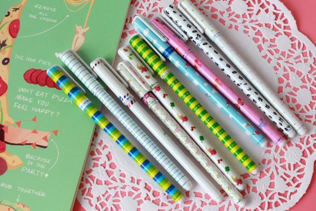 10 pcs Gel Bowtie Pens