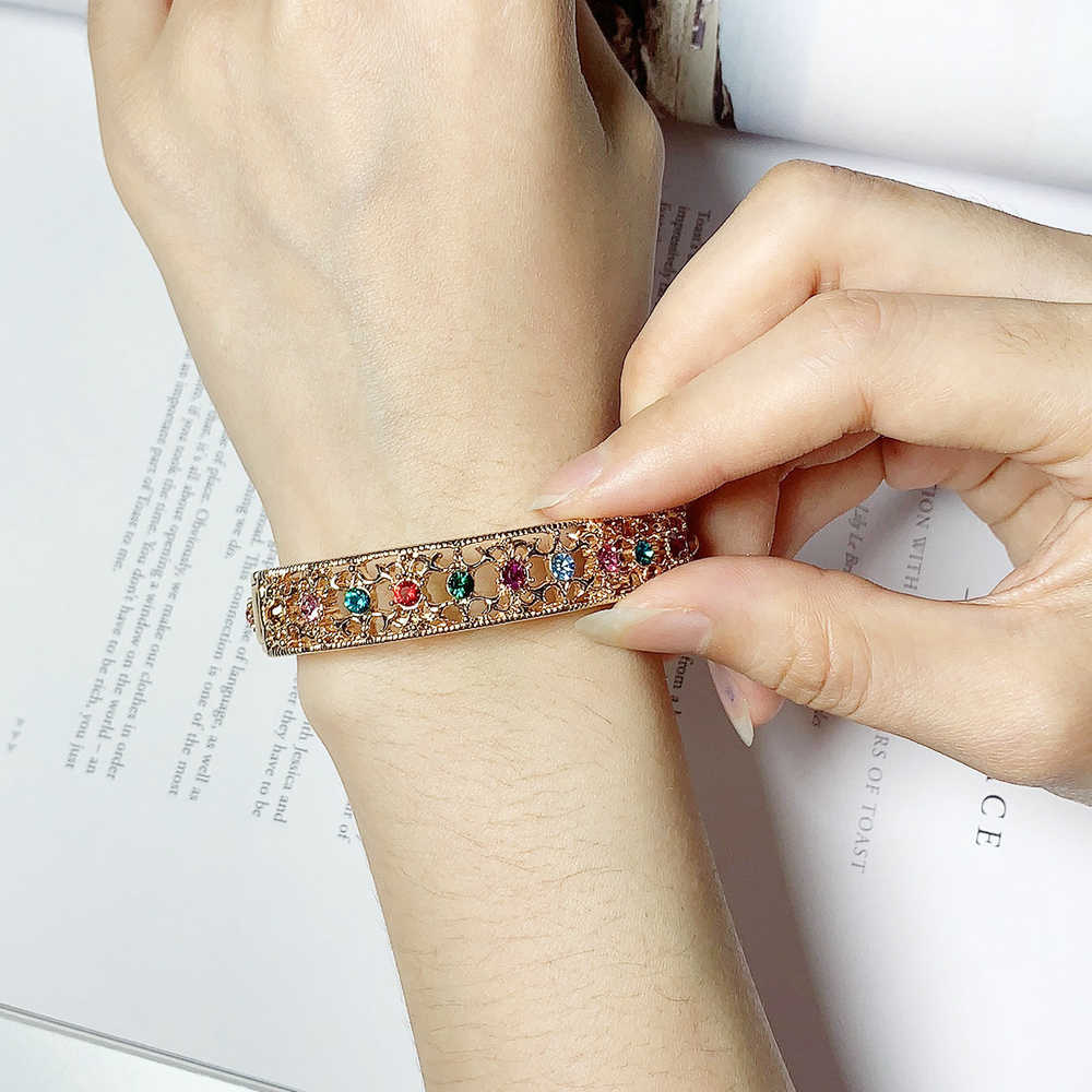 ZHOUYANG ZYB030 Multicolour Crystal  RoseGold Color Bangle Jewelry Made with Genuine  Austrian Crystals
