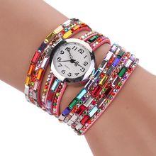 6256e55f0250 Mujeres de lujo diamante colorido Boho Rhinestone cuarzo relojes pulsera de  múltiples capas trenzado Winding Wrap reloj PU banda.
