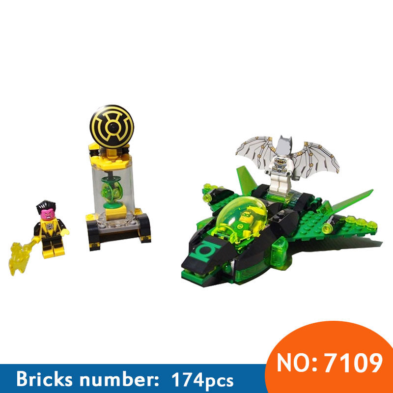 DECOOL New 7109 Super Heroes Batman Green Lantern vs. Sinestro building Blocks Bricks Toys for children Boy Game  76025 super heroes batman the scuttler building blocks new year gift diy figures toys for children compatible lepins 3d model